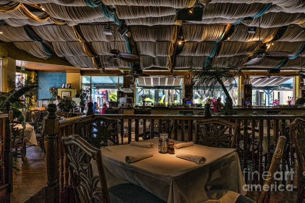 Wall Art - Photograph - Table At Yabba Island Grill In Naples Florida by William Kuta