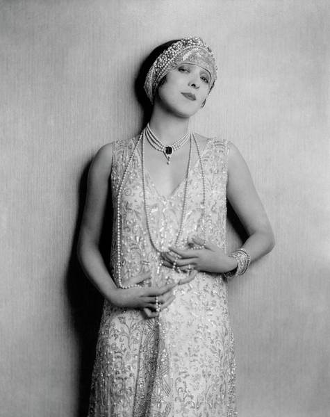 Photograph - Yvonne D'arle Wearing A Diadem by Florence Vandamm