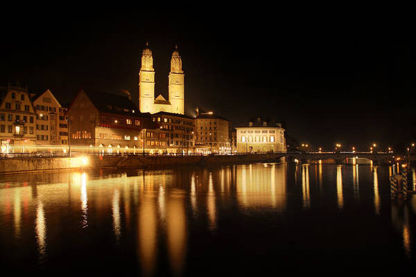 Zuerich Wall Art - Photograph - Zuerich At Night by Marc Huebner