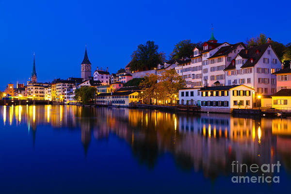 Zuerich Wall Art - Photograph - Zurich 03 by Tom Uhlenberg