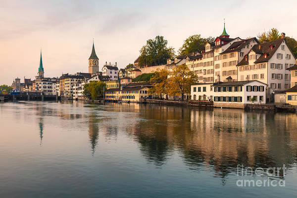 Zuerich Wall Art - Photograph - Zurich 04 by Tom Uhlenberg