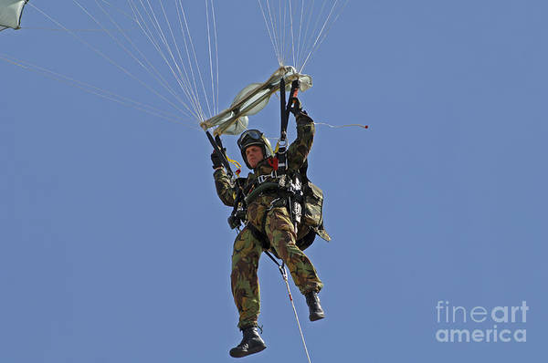Skydiver Photograph - A Member Of The Pathfinder Platoon by Andrew Chittock
