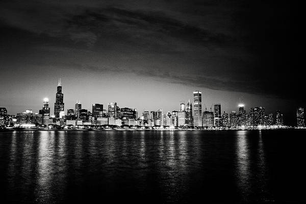 Photograph - Chicago Skyline by Laura Kinker