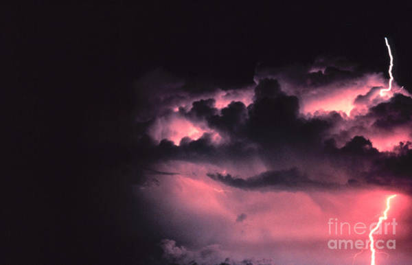 Photograph - Cloud-to-ground Lightning by Science Source