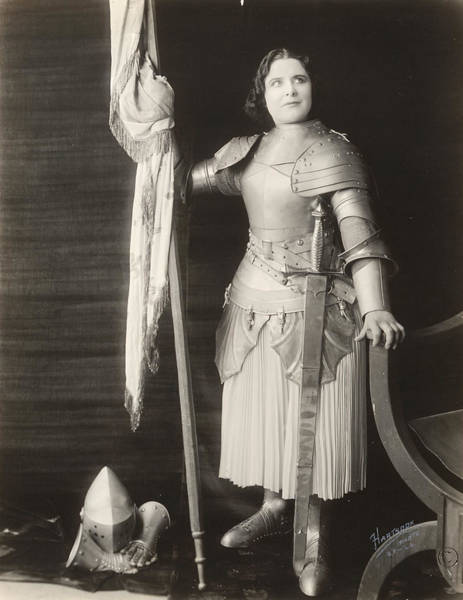 Photograph - Geraldine Farrar (1882-1967) by Granger