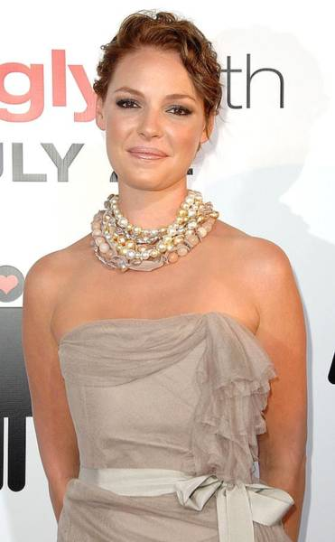Ugly Photograph - Katherine Heigl Wearing A Joan Hornig by Everett
