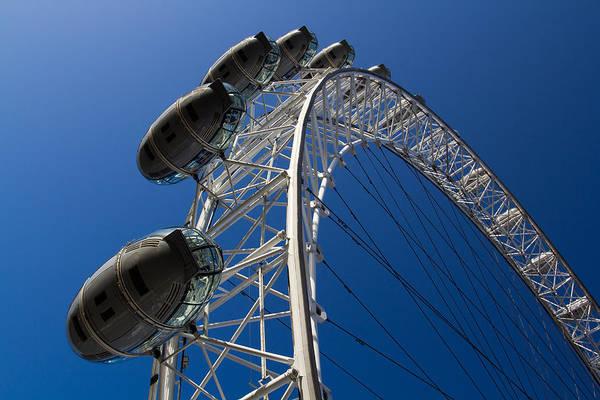 Wall Art - Photograph - London Eye by David Pyatt