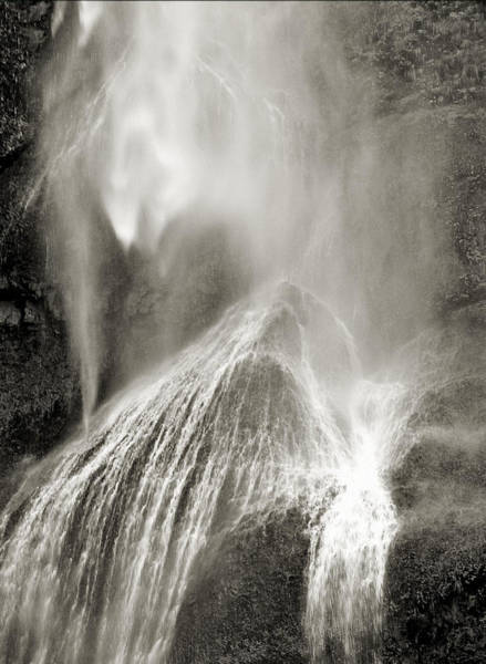Multnomah Cascade Art Print