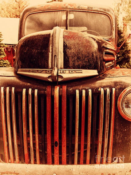 Photograph - Nostalgic Rusty Old Ford Truck . 7d10281 by Wingsdomain Art and Photography
