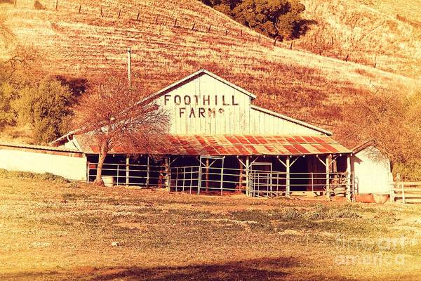 Photograph - Old Foothill Farms In Small Town Of Sunol California . 7d10796 by Wingsdomain Art and Photography