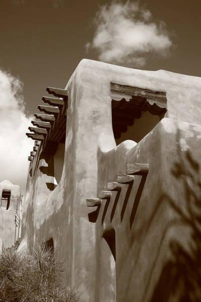 Photograph - Santa Fe Adobe Building by Frank Romeo
