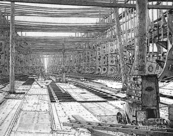 Wall Art - Photograph - Steamship: Construction by Granger