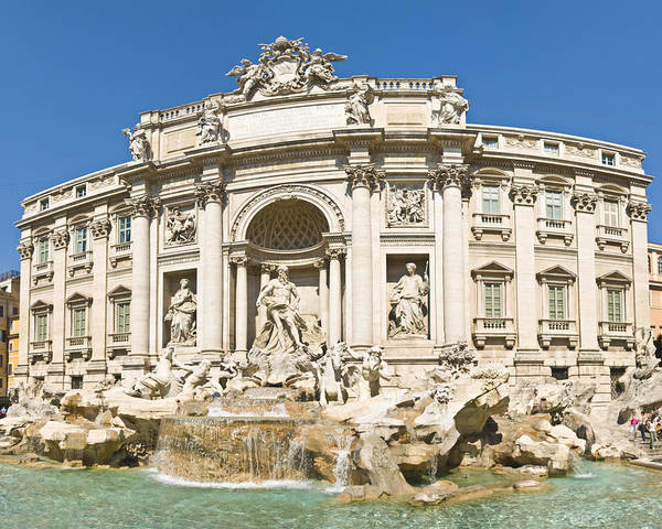 Photograph - Trevi Fountain by Richard Henne