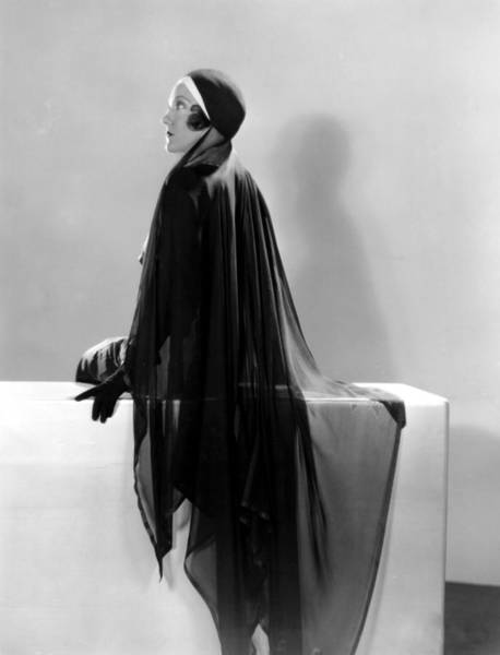 Gloria Swanson Photograph - What A Widow, Gloria Swanson, 1930 by Everett