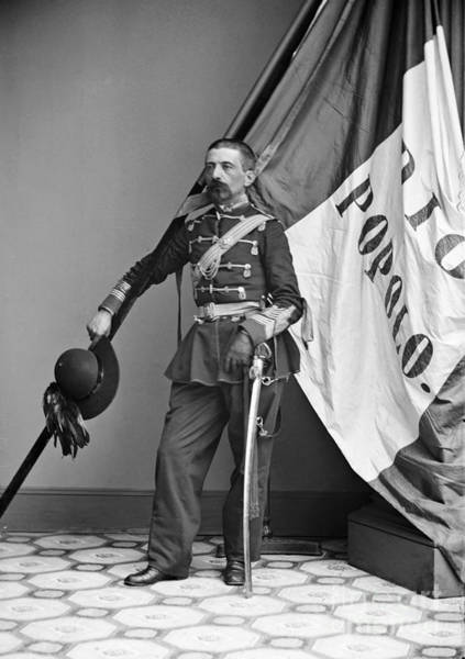 Italian Immigrants Wall Art - Photograph - Civil War: Union Soldier by Granger