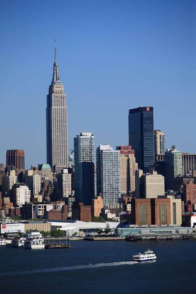 Photograph - New York City Skyline 9 by Frank Romeo