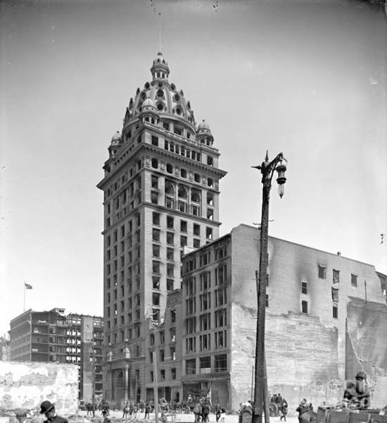 Call Building Photograph - 1906 San Francisco Earthquake Damage To Call Building by Padre Art