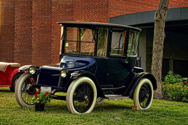 1917 Detroit Electric Model 68 Art Print