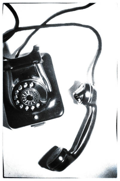 Dials Photograph - 1930s Telephone by David Ridley