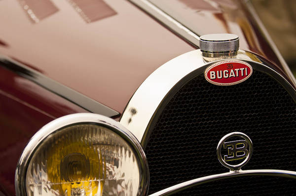 Auto Show Photograph - 1931 Bugatti Type 55 Roadster Grille Emblem by Jill Reger