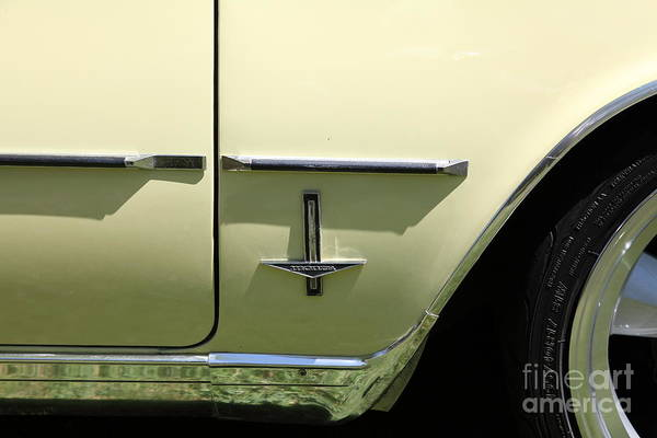 Corvair Photograph - 1964 Chevrolet Corvair Monza . 5d16288 by Wingsdomain Art and Photography