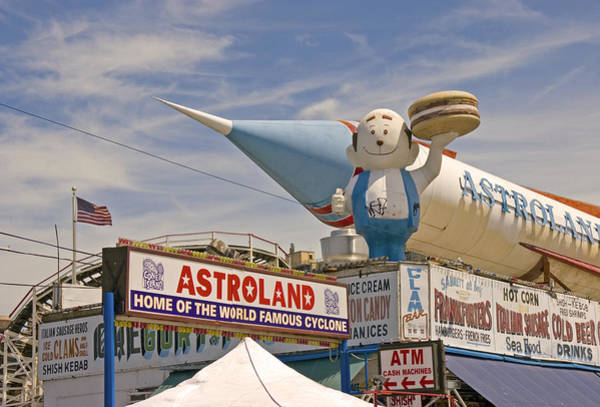 Photograph - Astroland by Frank Winters
