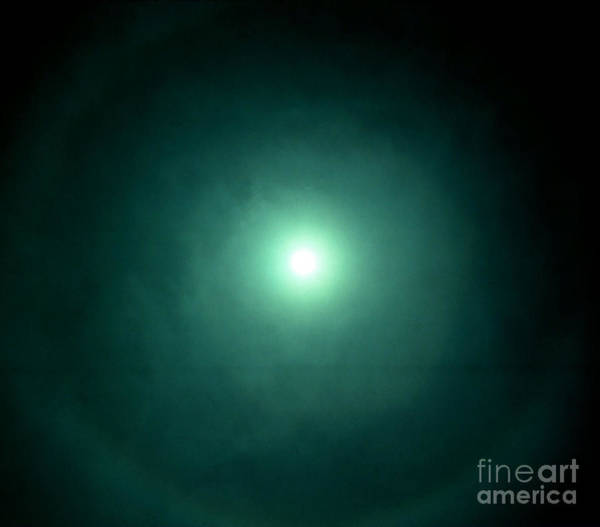 22 Degree Halo Wall Art - Photograph - Halo by Science Source