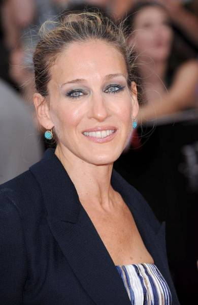 Fisher Center Photograph - Sarah Jessica Parker At Arrivals by Everett