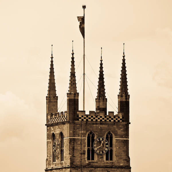 Wall Art - Photograph - Southwark Cathedral London by David Pyatt