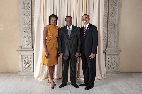 African American Museum Photograph - President And Michelle Obama Pose by Everett