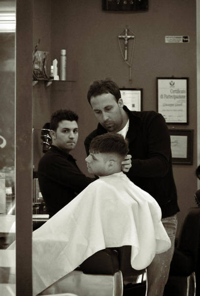 Photograph - A Barbershop In Palermo by RicardMN Photography
