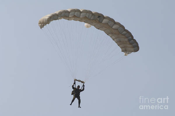Skydiver Photograph - A Member Of Th Pathfinder Platoon by Andrew Chittock
