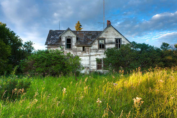 Crumble Photograph - Abandoned House On The Prairies by Matt Dobson