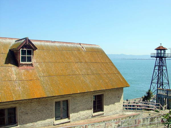 Photograph - Alcatraz Rooftop by Richard Reeve
