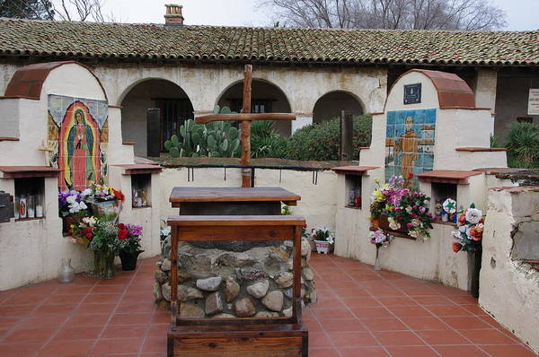 Photograph - Altar At Mission San Miguel by Jeff Lowe