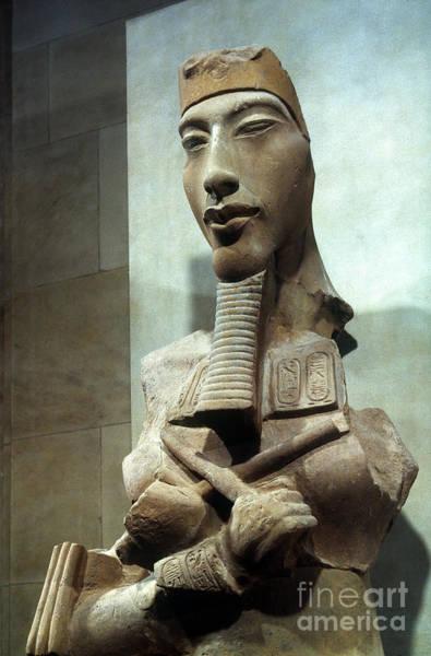 Photograph - Amenophis Iv (akhenaten) by Granger