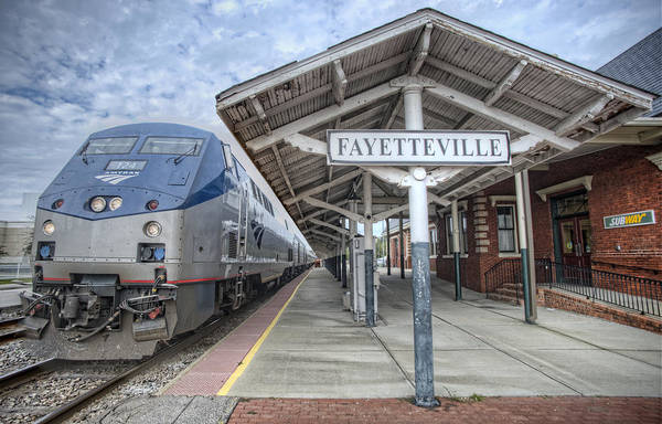 Fayetteville Photograph - Amtrak 124 by Jim Pearson