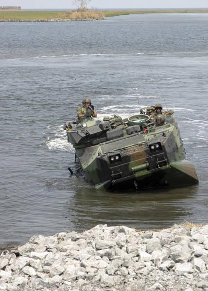 Aav Photograph - An Amphibious Assault Vehicle Climbs by Stocktrek Images