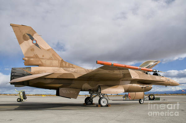 Fallon Wall Art - Photograph - An F-16a Fighting Falcon Of The Famous by Giovanni Colla