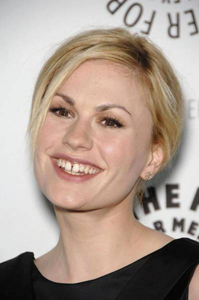 Wall Art - Photograph - Anna Paquin At Arrivals For True Blood by Everett
