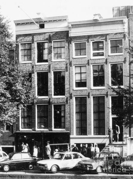 Prinsengracht Photograph - Anne Frank House by Granger
