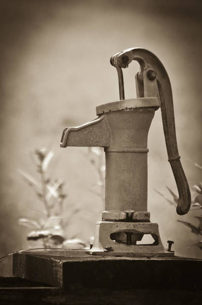 Photograph - Antique Hand Water Pump by Carolyn Marshall