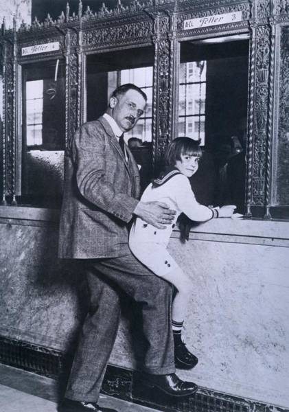 Italian Immigrants Wall Art - Photograph - A.p. Giannini Helps Child Actor Jackie by Everett