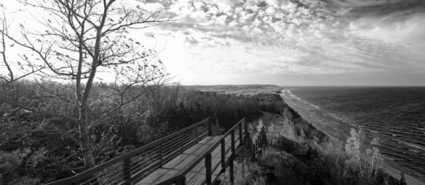 Traverse City Photograph - Arcadia Overlook In Black And White by Twenty Two North Photography