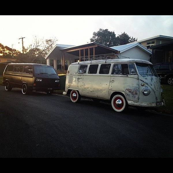 Vw Kombi Photograph - Arvo Beers With @kustomkombi At by Glen Bryden