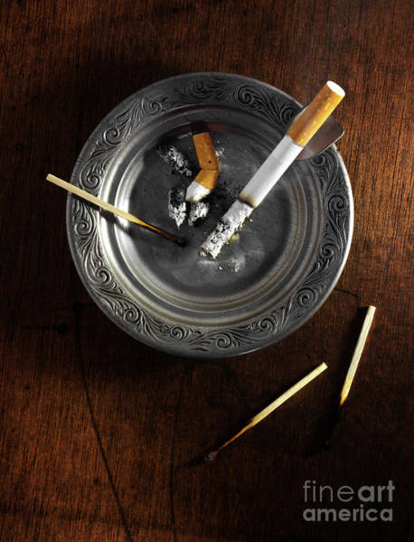 Wall Art - Photograph - Ashtray by Carlos Caetano