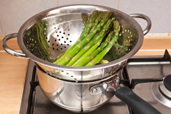 Colander Wall Art - Photograph - Asparagus by Tom Gowanlock