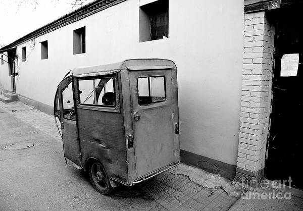 Wall Art - Photograph - Auto Rickshaw by Dean Harte