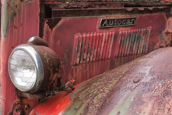 Ardmore Photograph - Autocar Truck by Tom Singleton