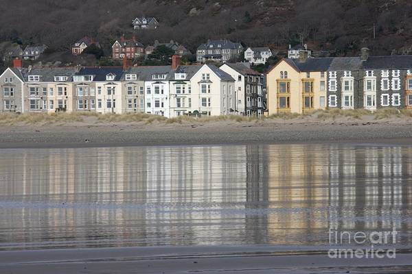 Barmouth Photograph - B And B Trance by Ed Lukas